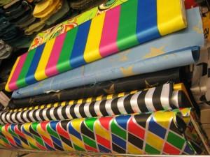 1924532 503401563104267 1160819 n 300x225 Il Carnevale si avvicina. Raso, pelliccietta e pannolenci per ogni tipo di costume.