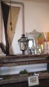 dscf4299 169x300 Mandolesi Restauro. L'artigianalità nel legno.