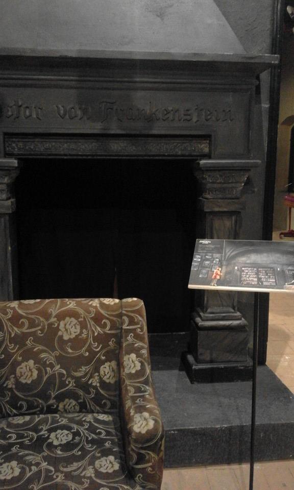 12096408 10205272735123556 1461368399138800628 n Una pioggia di pagliacci vi seppellirà. Al Castello della Rancia tra Biumor e Teatro.