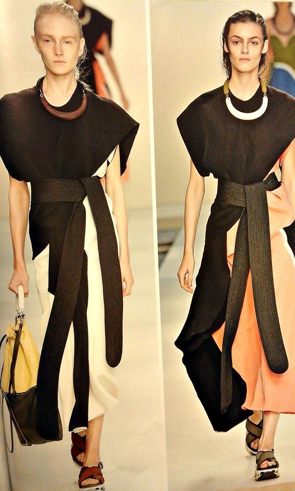 12107147 10205286479147148 3362438286810041253 n Integrazione e abbigliamento. Prima o poi indosseremo il cheongsam.