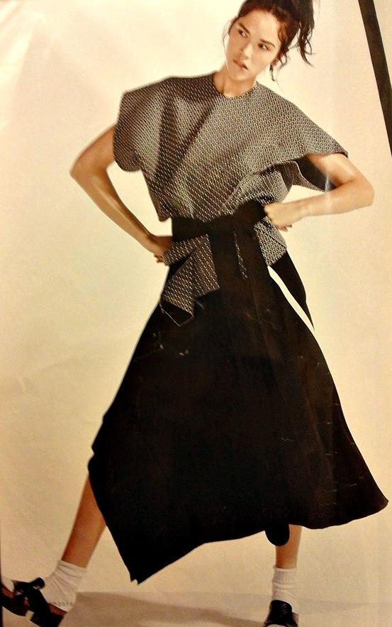 12108774 10205286487627360 7364270392793189486 n Integrazione e abbigliamento. Prima o poi indosseremo il cheongsam.