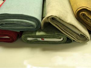 00010 300x225 Feltro lana a metro non infeltrito