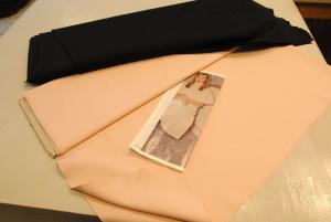 2009 01 12 20.05.19 300x201 Gonne in lana e abiti tecno. Pregi e difetti di due tessuti a contrasto.