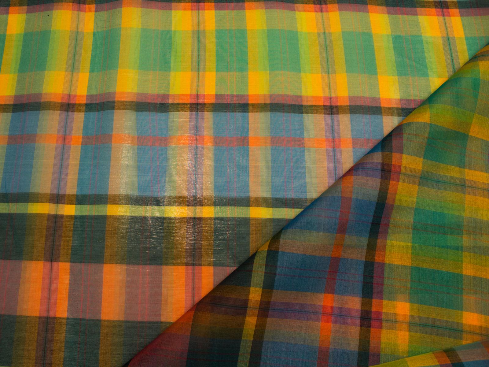 01357 Organza casual multicolor