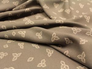 00608 300x225 Trifoglio grigio