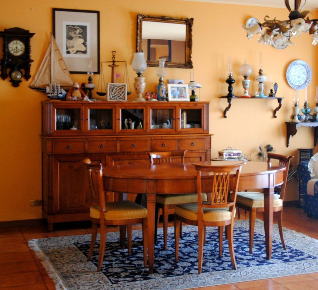 DSC 2002 1024x936 Legno Oriente Antichità – Casa Rembrandt