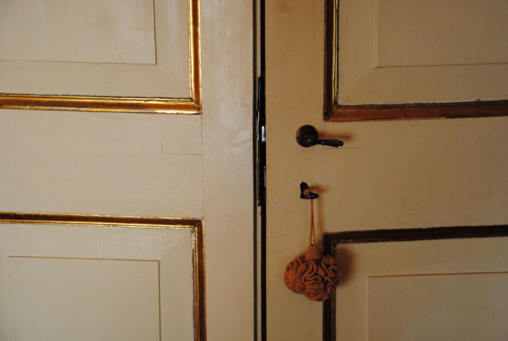 DSC 2009 1024x687 Legno Oriente Antichità – Casa Rembrandt