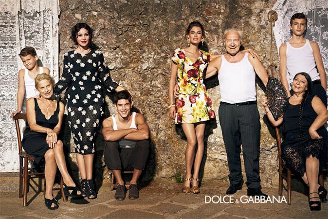 2. Campagna pubblicitaria Primavera Estate 2012 Dolce Gabbana L'ISOLA CHE ABITO. Da Marras a Dolce & Gabbana