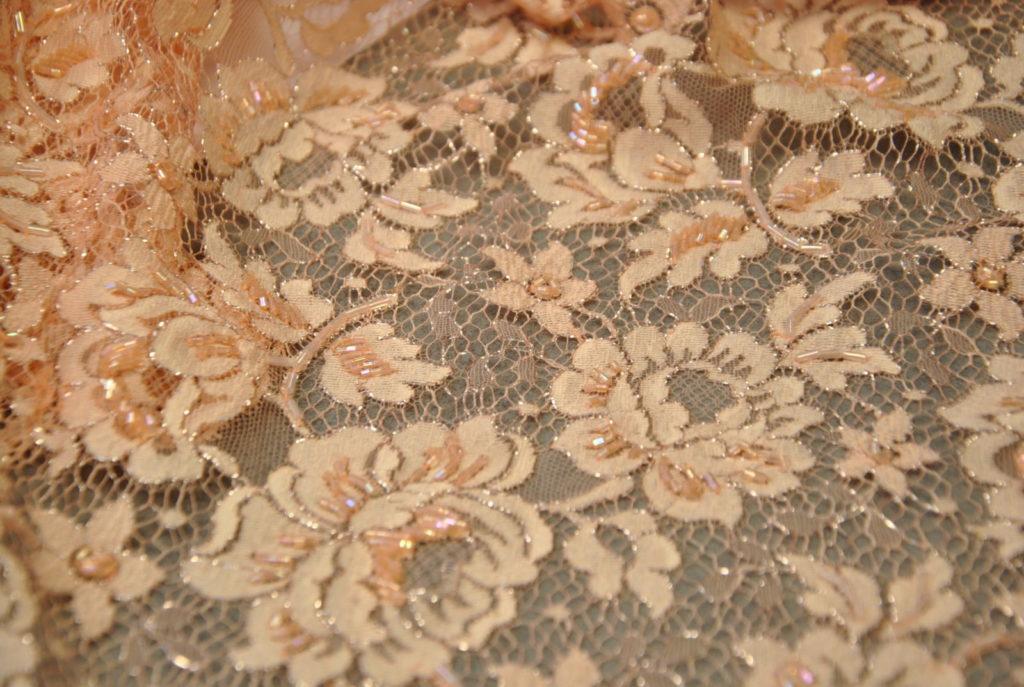 DSC 0243 1024x687 TAGLI ESCLUSIVI CORSETTI SPOSA   pesco glitter