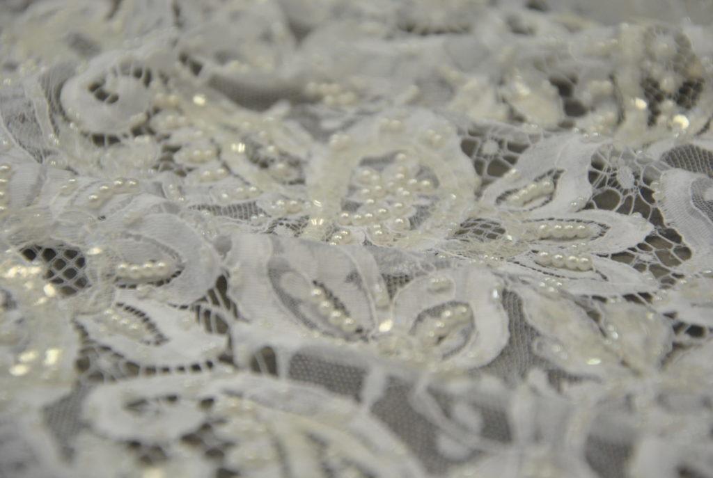 DSC 0249 1 1024x687 TAGLIO ESCLUSIVO CORSETTO SPOSA   perla bianca