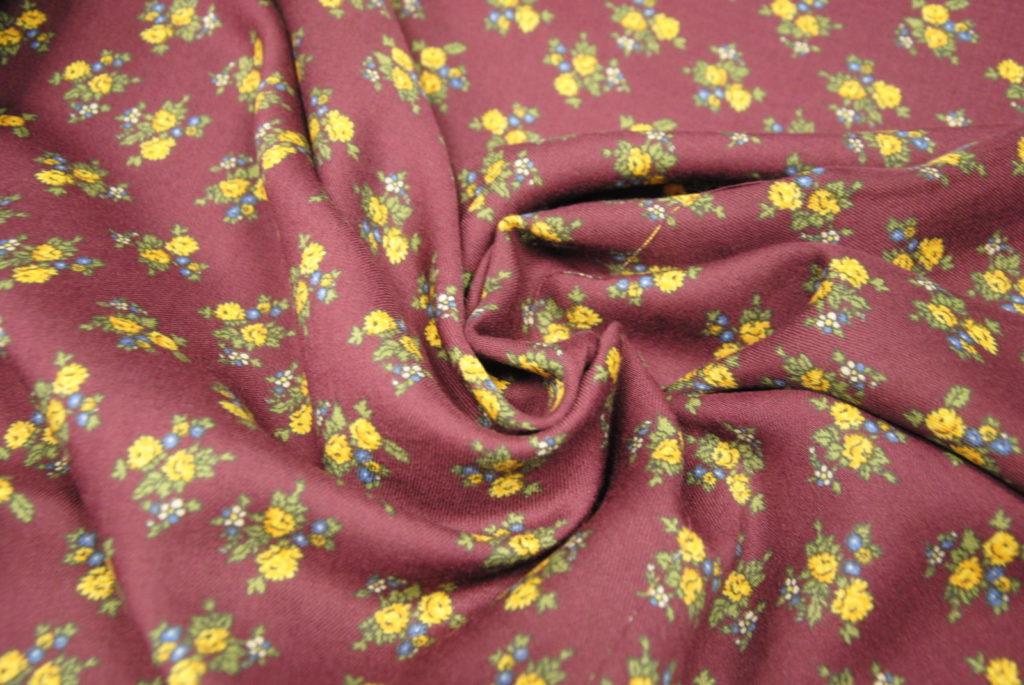 DSC 1864 1024x685 Galitzine   fiori bordeaux