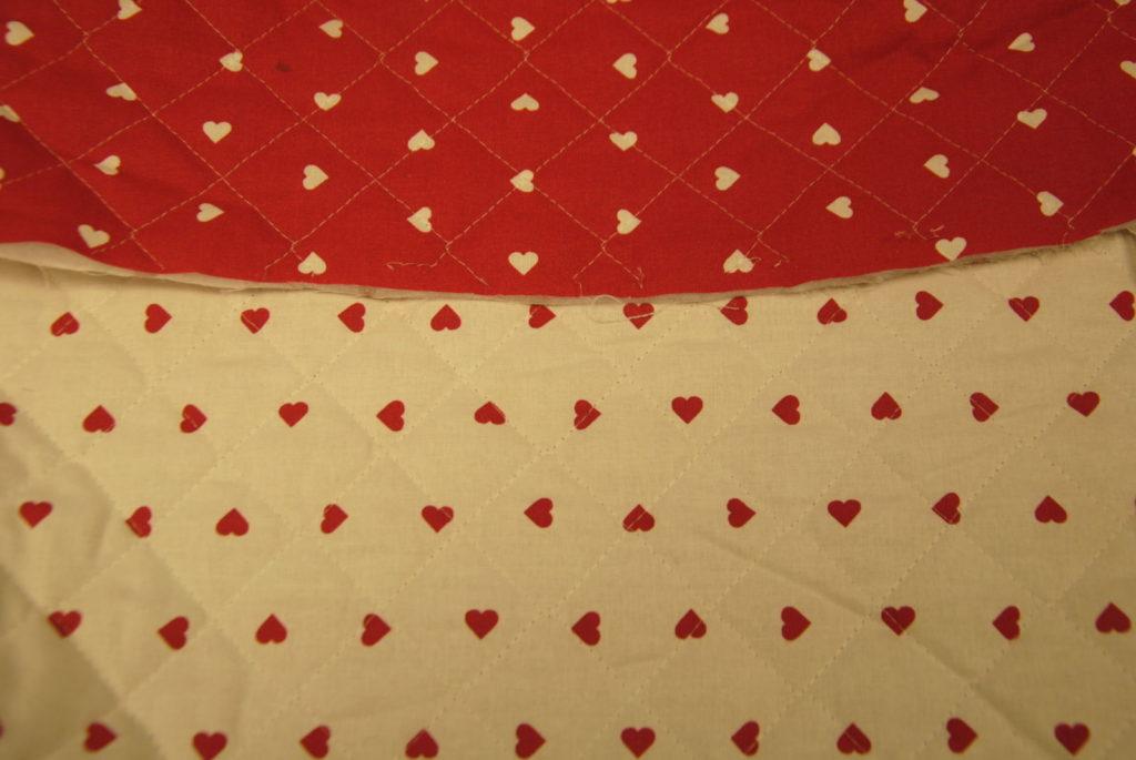 DSC 1874 1024x685 Trapunta Cuori   rosso