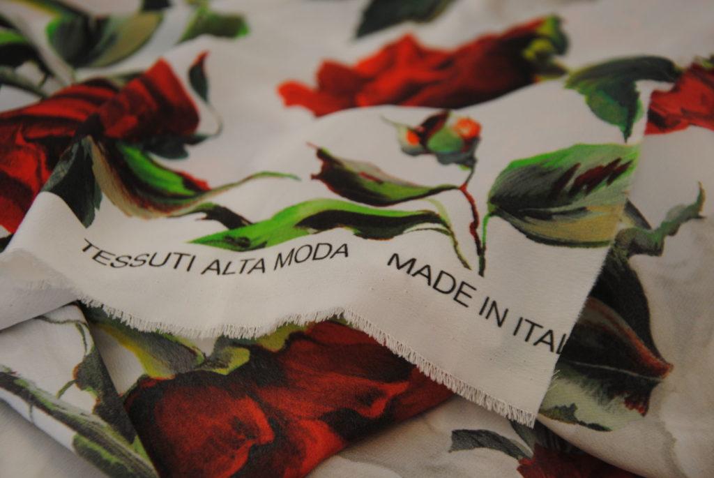 DSC 0808 1024x685 Red Roses   pura seta OCCASIONE 1,20 mt