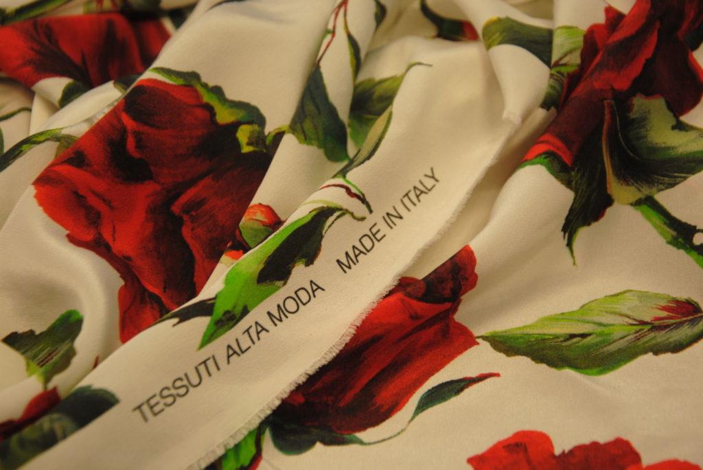 DSC 2427 1024x685 Red Roses   pura seta