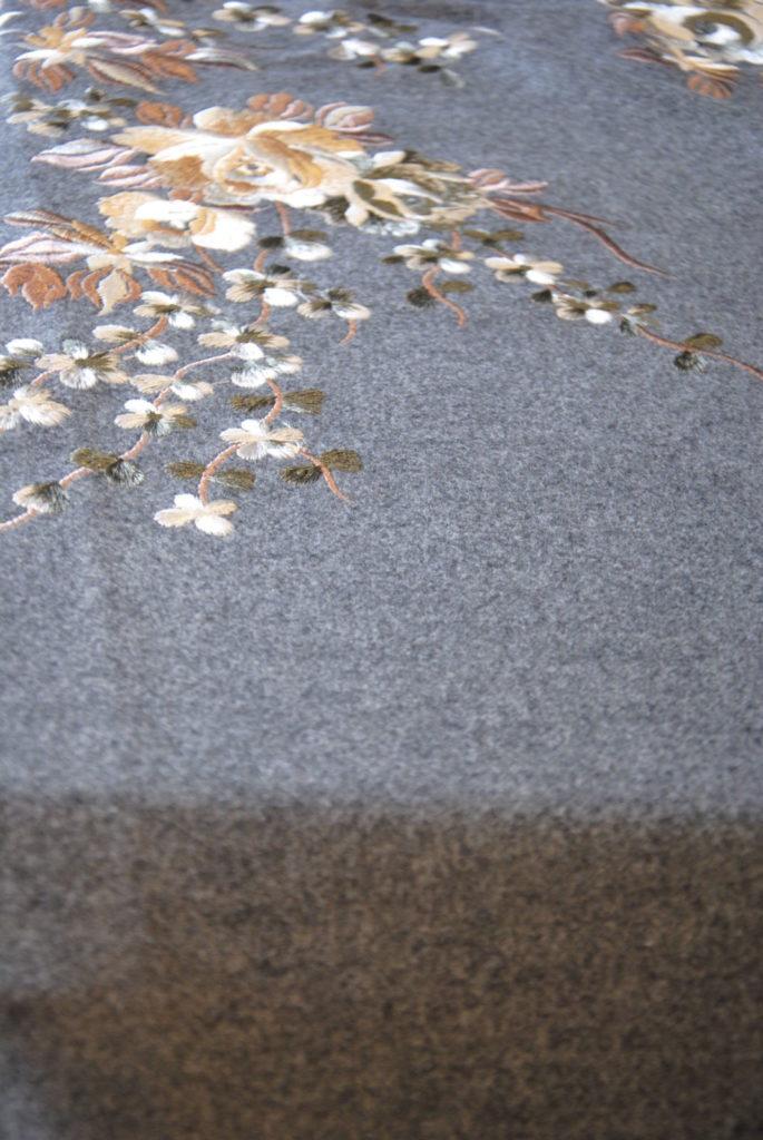 DSC 0161 2 685x1024 Cappotto Ricamo   grigio melange