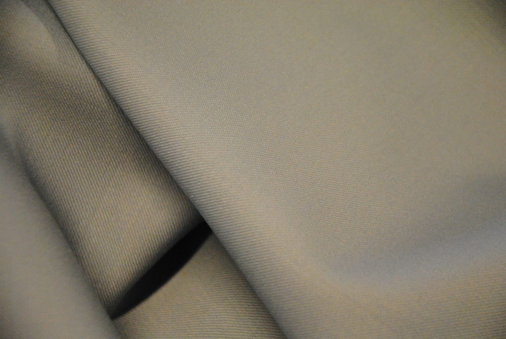 DSC 0491 1 1024x685 Lana avio   grey