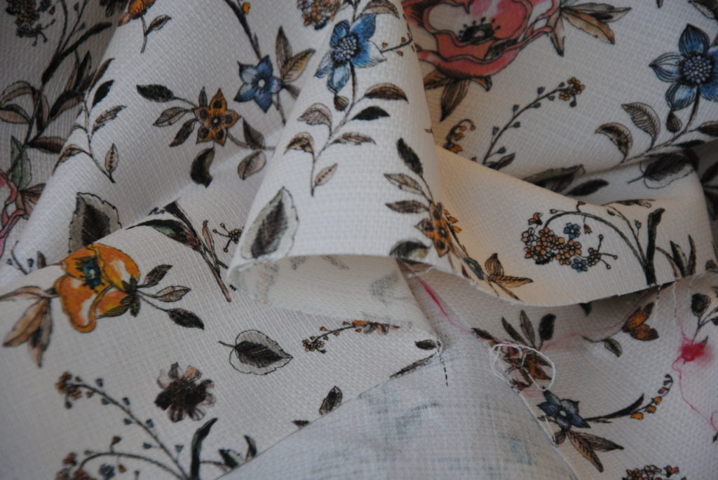 DSC 0769 2 1024x685 Romantic Garden   cotone multiuso