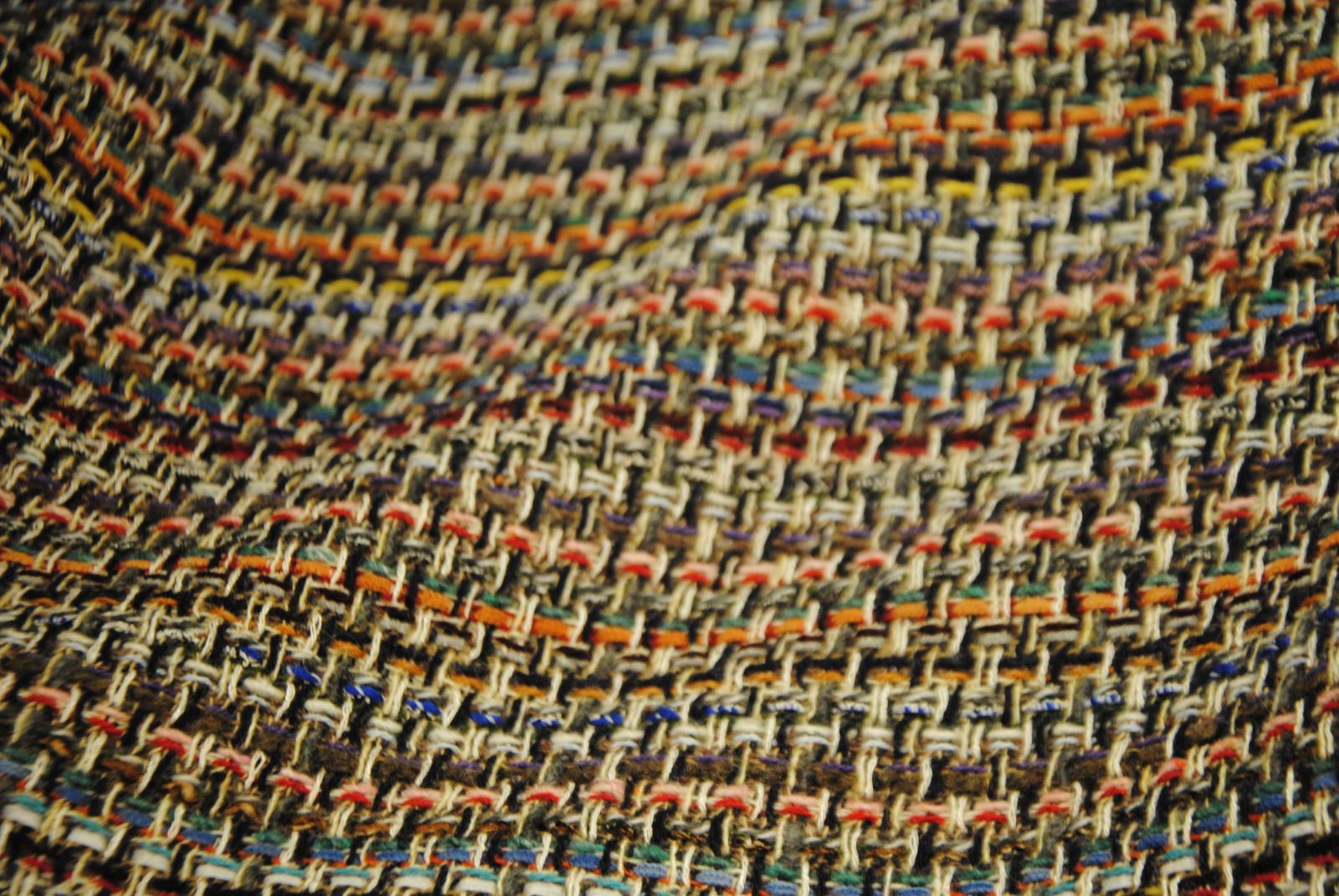 DSC 1045 Multicolor Coco