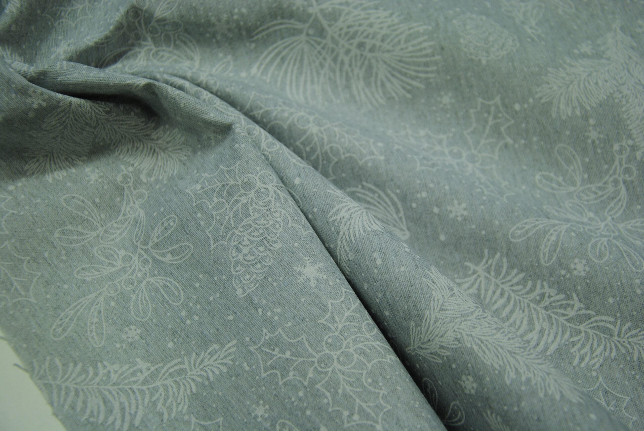 DSC 1385 scaled Grey Christmas   TAGLI DA 50 cm