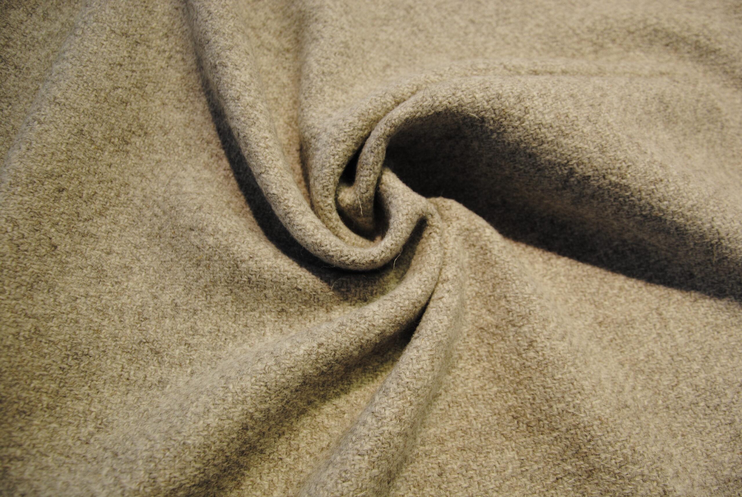 cappotto 8 scaled Harris Tweed PURA LANA VERGINE