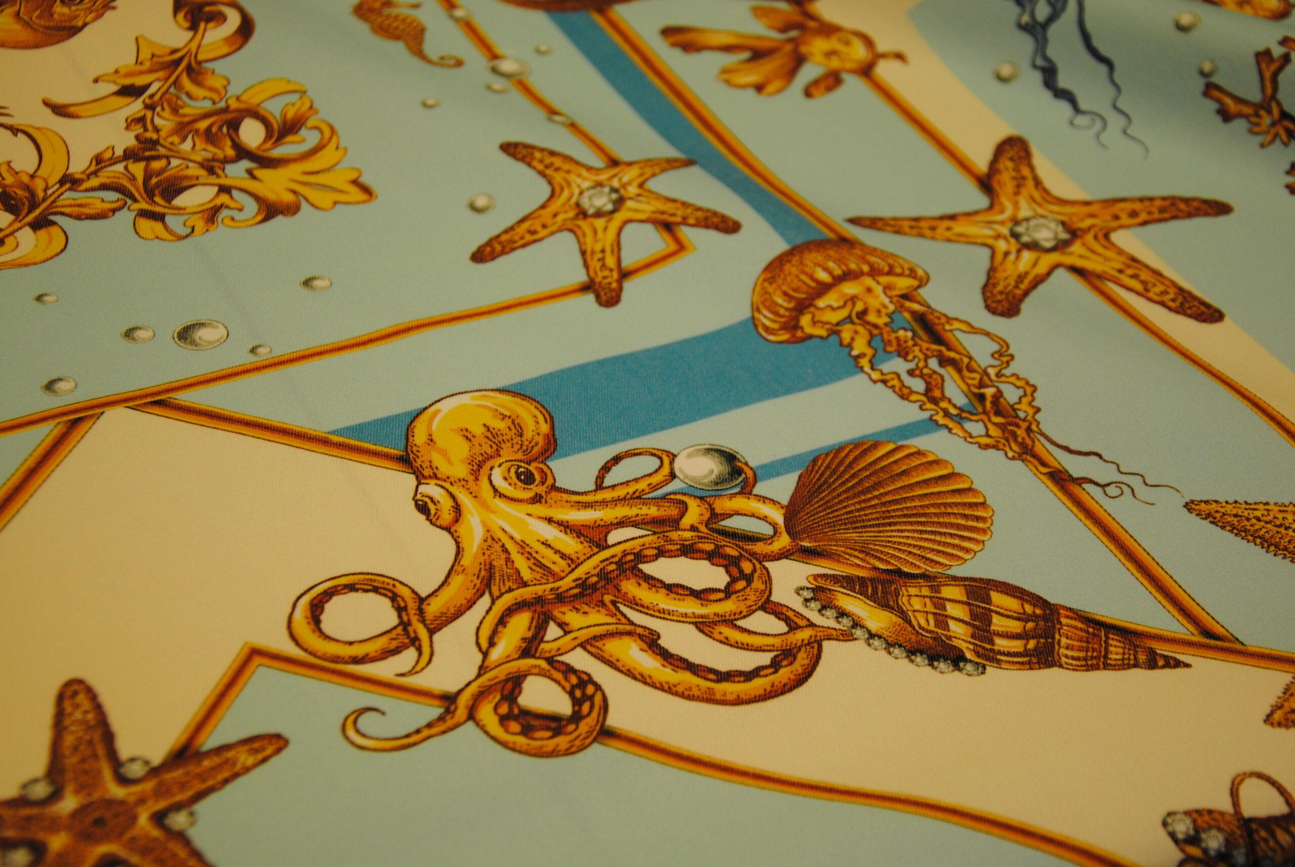 DSC 0072 scaled GOLD   canvas Daniela Drei