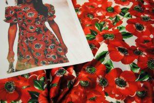 DSC 0012 4 300x201 Papaveri e Papere   raso rosso & bianco ULTIMO TAGLIO