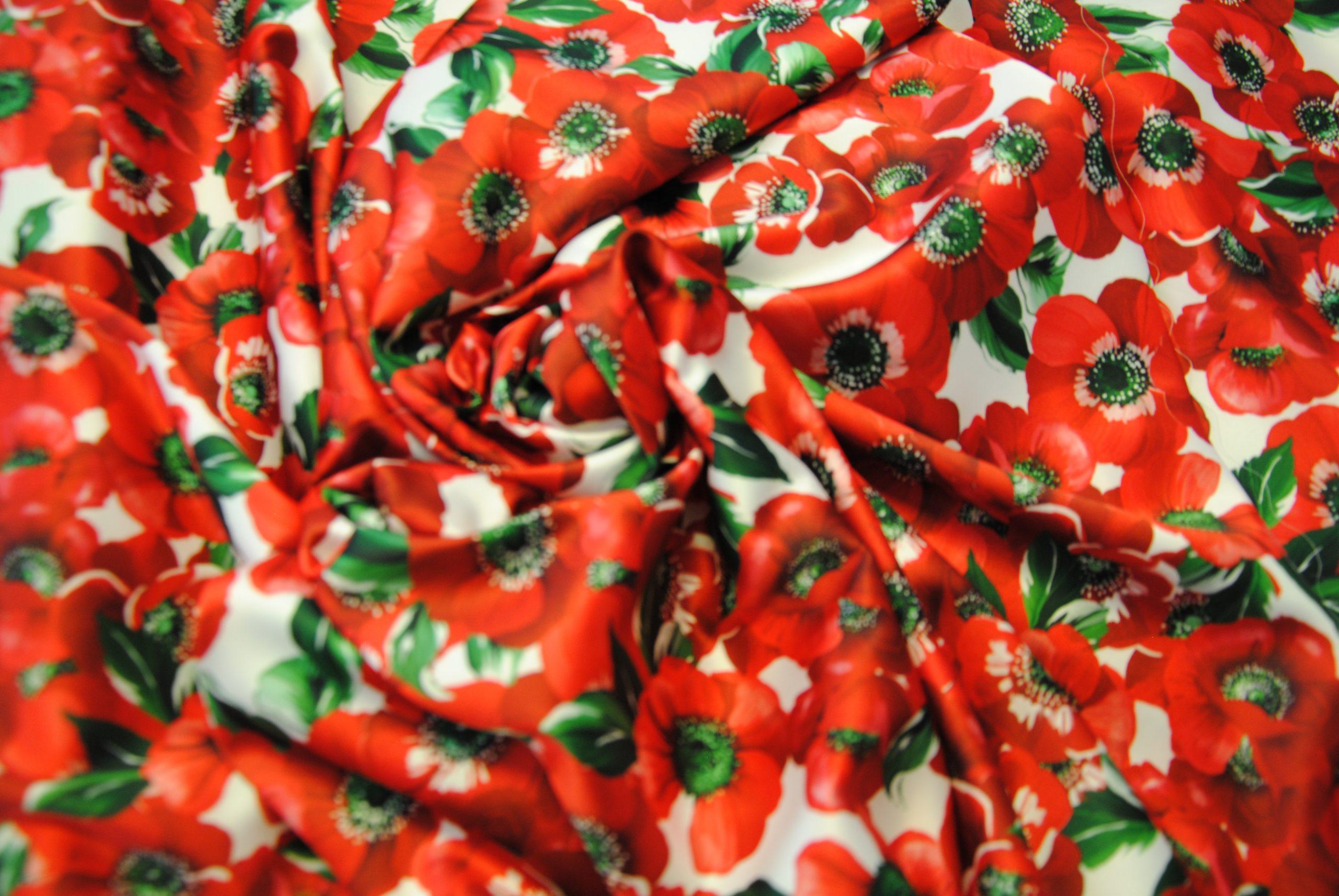 DSC 0014 3 scaled Papaveri e Papere   raso rosso & bianco ULTIMO TAGLIO
