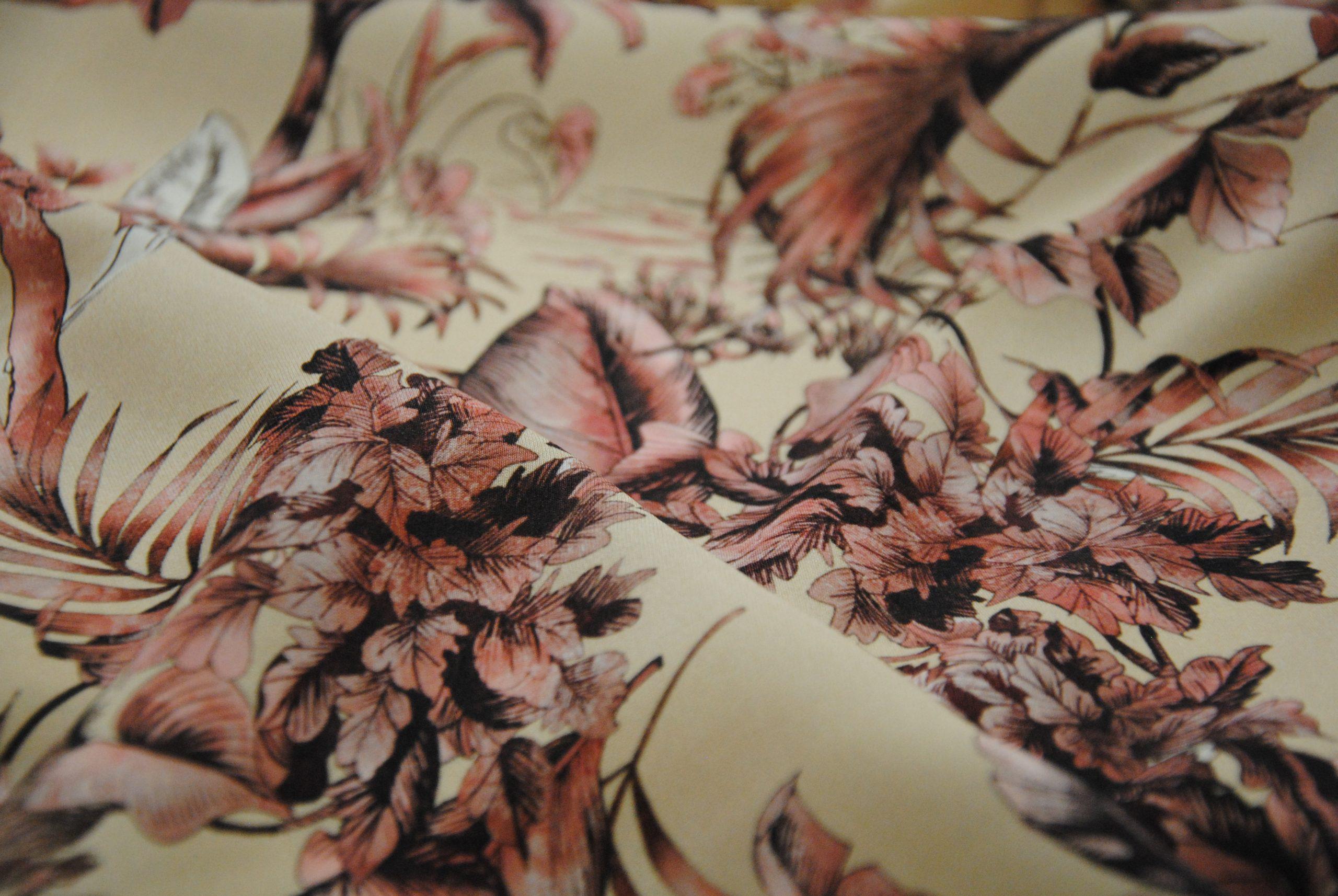 seta 7 scaled Quarzo Silk   taglio esclusivo Made in Italy