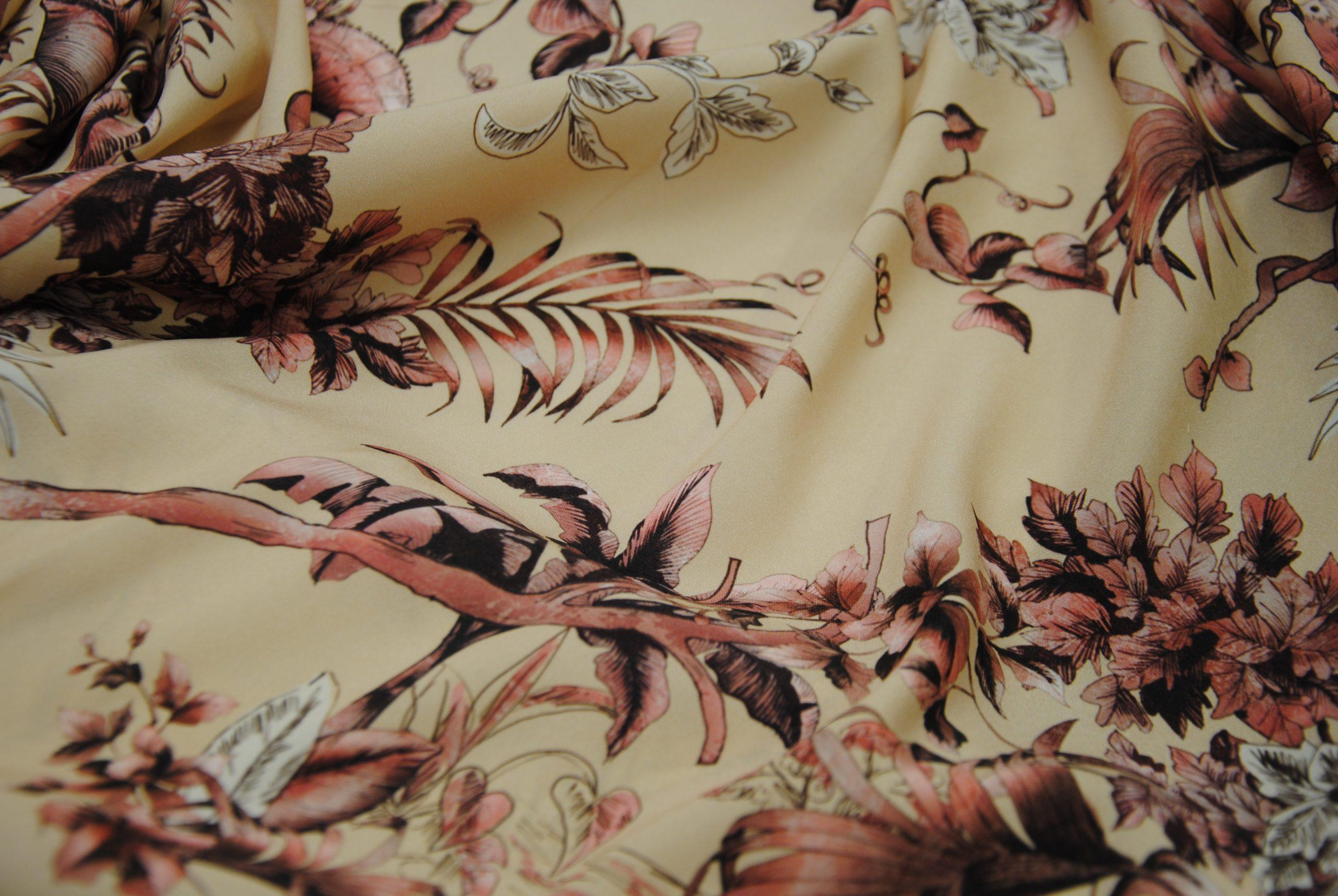 seta 9 scaled Quarzo Silk   taglio esclusivo Made in Italy