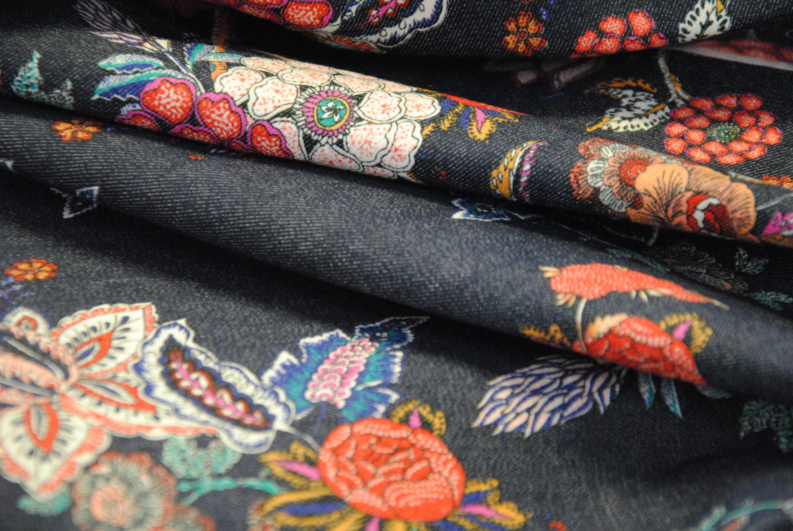canvas 7 scaled Denim Stretch   blu jeans